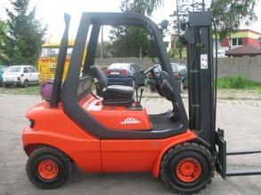 Wózek widłowy Linde H 25 T (gazowy) - seria 351